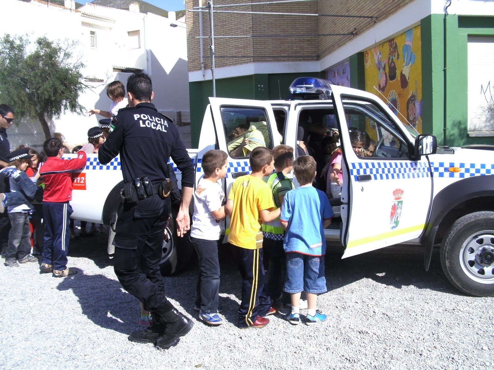 policia-infancia-4