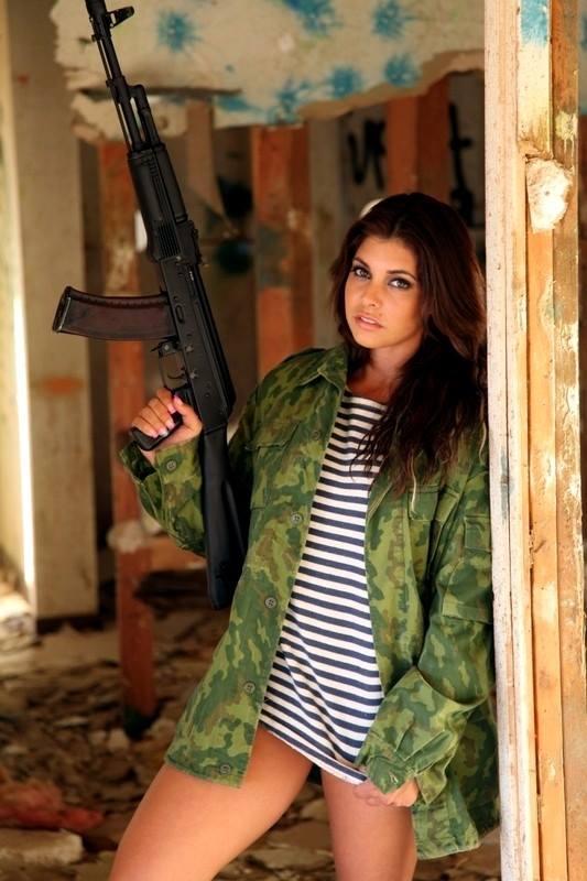 mujeres-armas-16