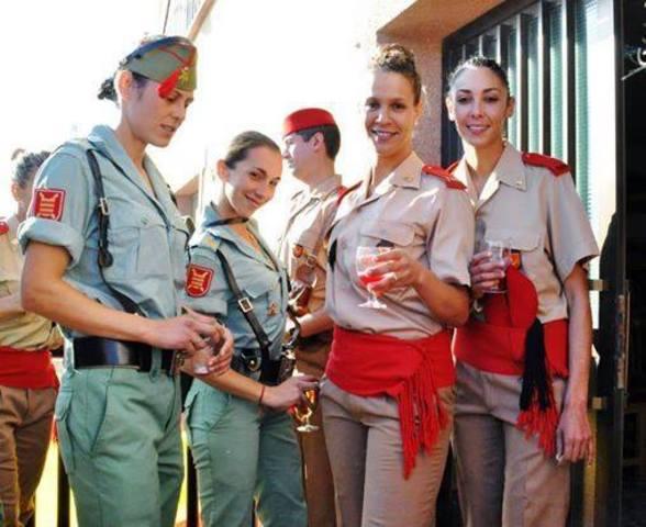 Mujeres legionarias