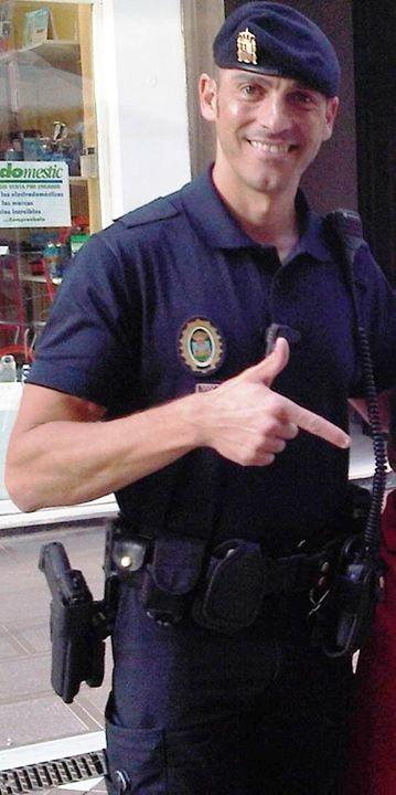 ernesto-perez-policia