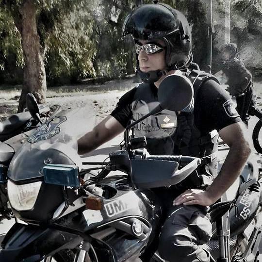 policia argentino motorizado
