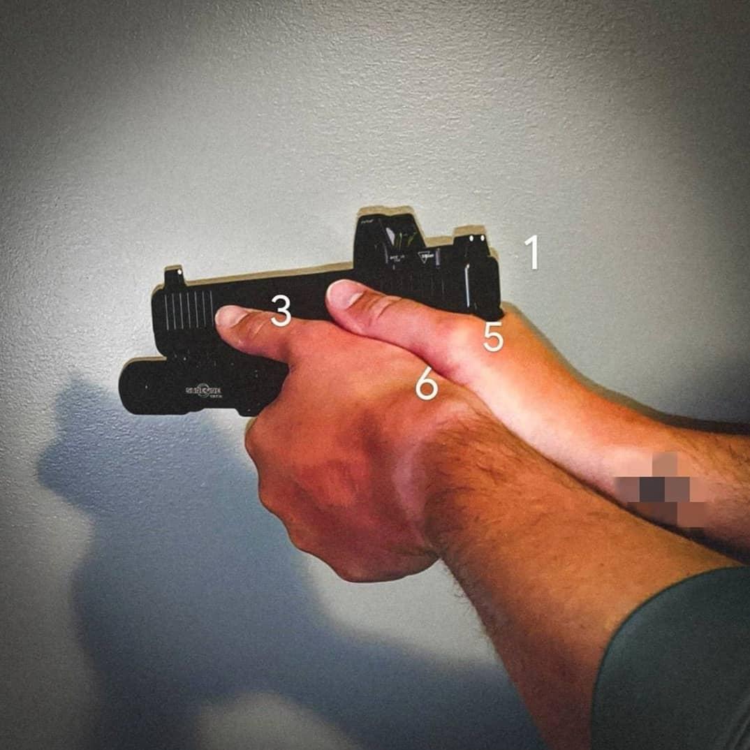 Muestra de agarre con pistola, muestra 3